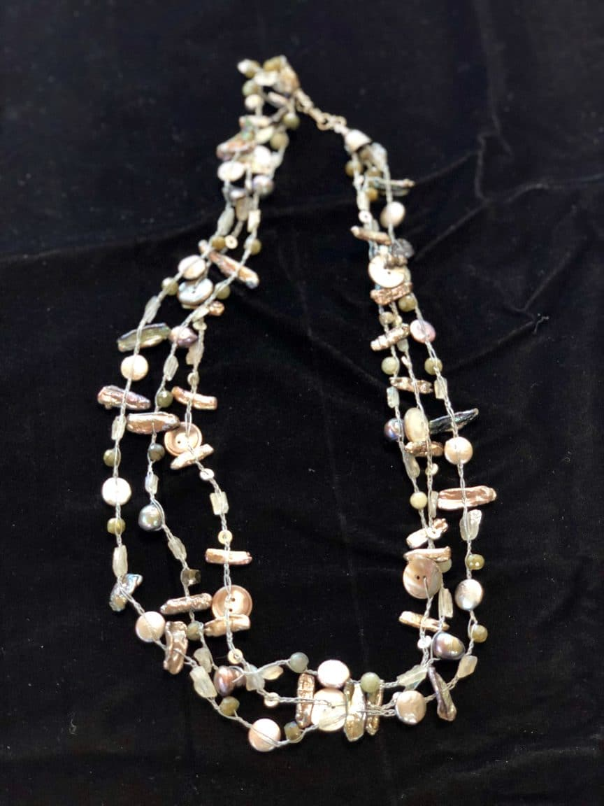 This 10 tips about multi-strand crochet necklace are from Mary Ellen Beads Albuquerque.